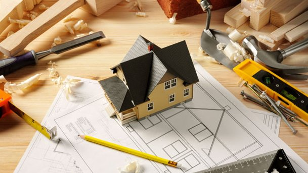 Hiring A General Contractor For Your Home | Banjo's Remodeling Museum